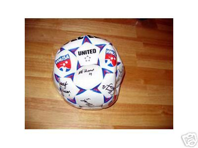 2003 WUSA Boston Breakers team autographed soccer ball (Angela Hucles Kristine Lilly Maren Meinert Kate Sobrero)