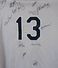2004 New York Yankees team autographed jersey (Mariano Rivera Alex Rodriguez Joe Torre)