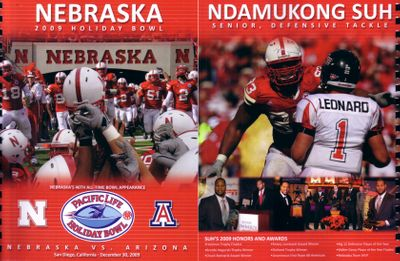 2009 Holiday Bowl Nebraska Cornhuskers media guide (Ndamukong Suh last game)