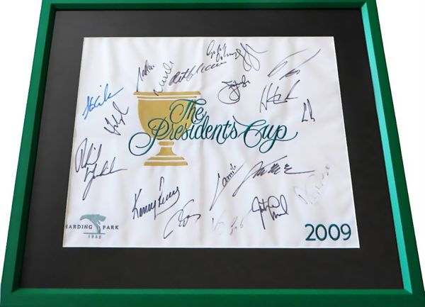2009 Presidents Cup golf pin flag autographed by 19 players matted and framed (Phil Mickelson Fred Couples Ernie Els)