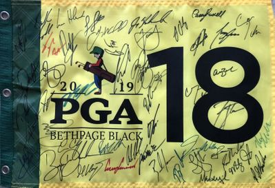 2019 PGA Championship autographed golf flag (Brooks Koepka Dustin Johnson Rickie Fowler Gary Woodland)