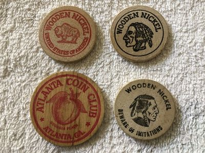 Lot of 5 different wooden nickels (Williamsburg VA Governor's Palace Natural Stone Bridge and Caves Pottersville NY)