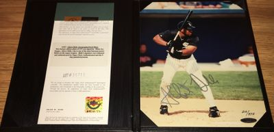 Albert Belle autographed Chicago White Sox 8x10 photo #210/475 (UDA)
