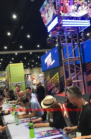 American Dad cast autographed 2018 Comic-Con poster (Curtis Armstrong Dee Bradley Baker Wendy Schaal)