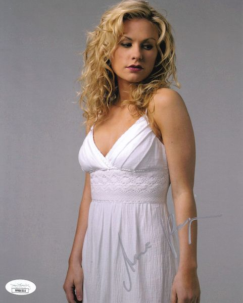 Anna Paquin autographed True Blood 8x10 Sookie Stackhouse photo (JSA)