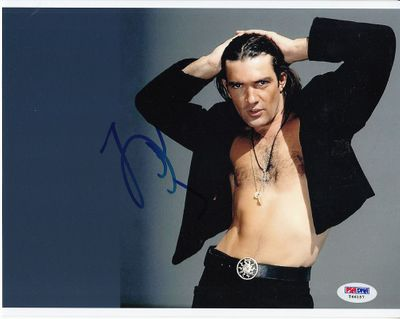 Antonio Banderas autographed open shirt bare chest 8x10 photo (PSA/DNA)