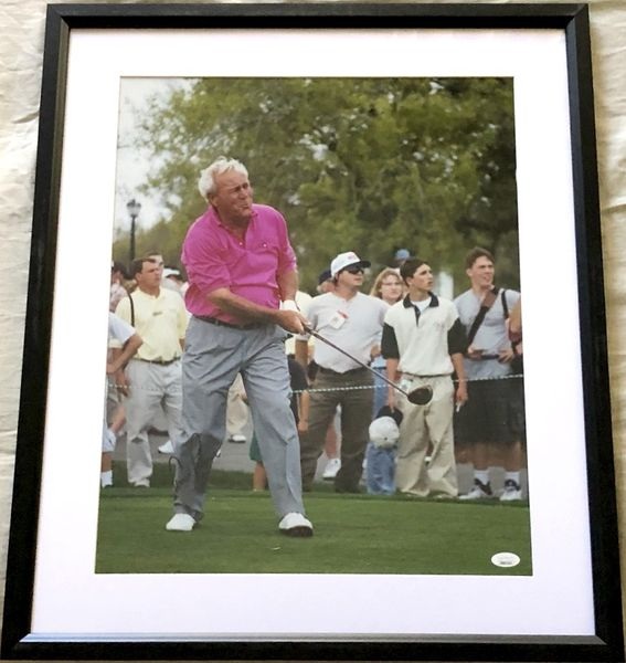 Arnold Palmer autographed 16x20 poster size golf photo matted and framed (JSA)