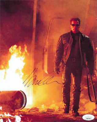 Arnold Schwarzenegger autographed Terminator 3 8x10 movie photo (JSA)