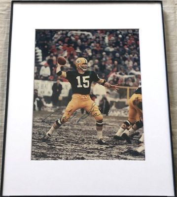 Bart Starr autographed Green Bay Packers 8x10 photo matted and framed (Mounted Memories)