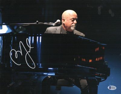 Billy Joel autographed Piano Man 11x14 concert photo (Beckett Authenticated BAS)