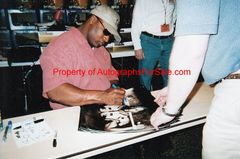 Bo Jackson autographed Bo Knows 16x20 poster size Nike baseball & football photo matted & framed (TriStar)