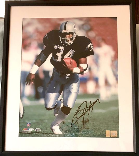 Bo Jackson autographed Raiders 16x20 poster size photo matted and framed (BAS authenticated)