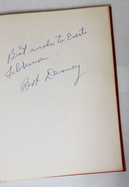 Bob Devaney autographed 1972 Nebraska Cornhuskers Portrait of a Winner hardcover coffee table book (inscribed)