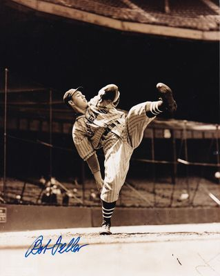 Bob Feller autographed Cleveland Indians 8x10 vintage action photo