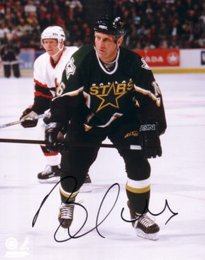 Brett Hull autographed Dallas Stars 8x10 photo
