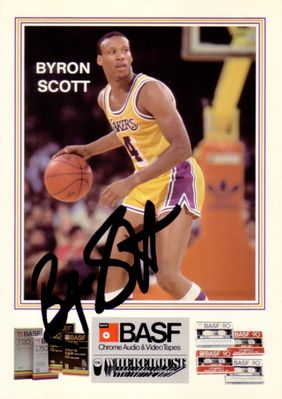 Byron Scott autographed Los Angeles Lakers 1984-85 BASF 5x7 photo card