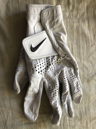 Cameron Champ autographed 2020 Farmers Insurance Open used or worn Nike golf glove