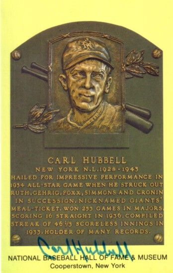 Carl Hubbell autographed Baseball Hall of Fame plaque postcard