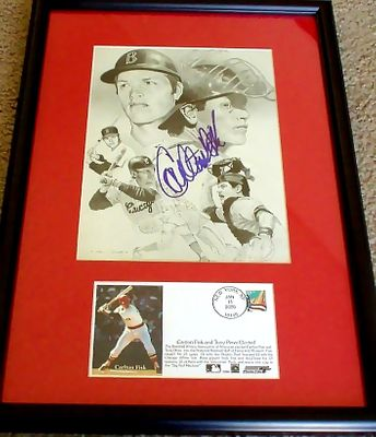 Carlton Fisk autographed artwork matted & framed with Hall of Fame cachet