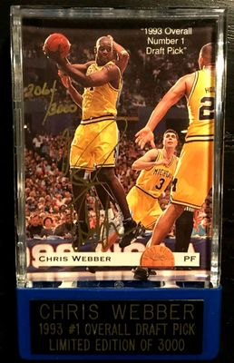 Chris Webber certified autograph Michigan Wolverines Fab Five 1993 Classic card in display case #/3000