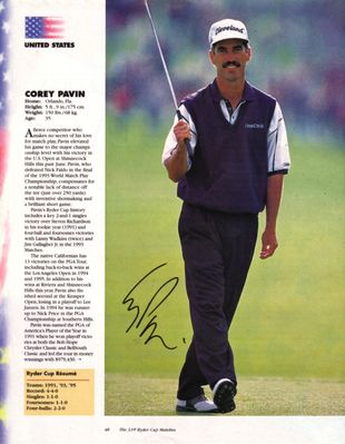 Corey Pavin autographed full page golf magazine photo