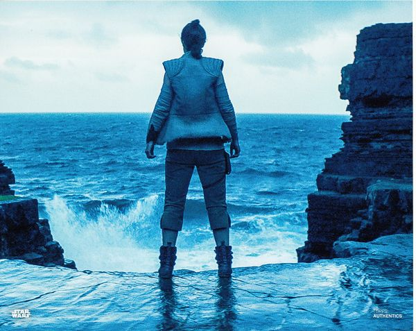 Daisy Ridley as Rey Star Wars The Last Jedi Topps Authentics 8x10 movie photo MINT