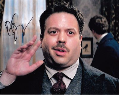 Dan Fogler autographed Fantastic Beasts and Where to Find Them 8x10 movie photo