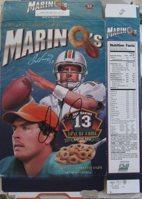 Dan Marino autographed 2005 Pro Football Hall of Fame Marino's commemorative cereal box