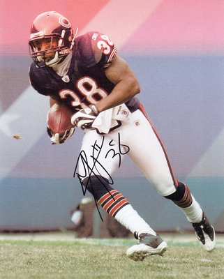 Danieal Manning autographed Chicago Bears 8x10 photo (misprinted)