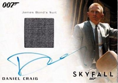 Daniel Craig certified autograph James Bond 2015 Archives Skyfall movie suit relic card #172/250