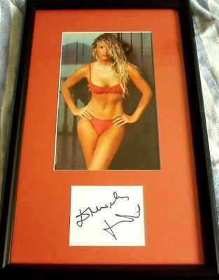 Daniela Pestova autograph matted and framed with Sports Illustrated Swimsuit Issue bikini photo