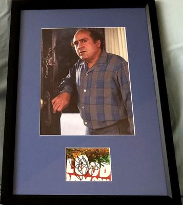 Danny DeVito autograph matted and framed with Throw Momma from the Train 8x10 movie photo