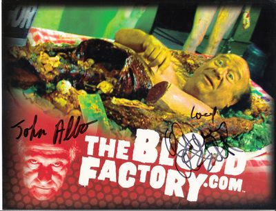 Danny DeVito autographed Blood Factory 2010 Comic-Con promo 8 1/2 by 11 photo card