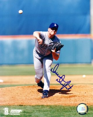 Darren Dreifort autographed Los Angeles Dodgers 8x10 photo