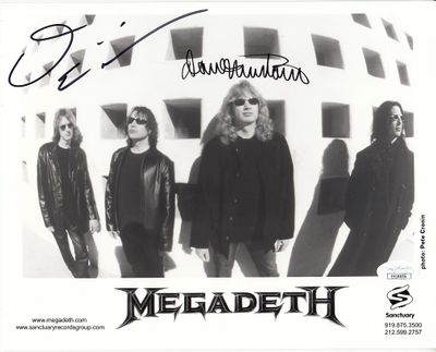 Dave Mustaine and David Ellefson autographed Megadeth 2001 8x10 promotional photo (JSA)