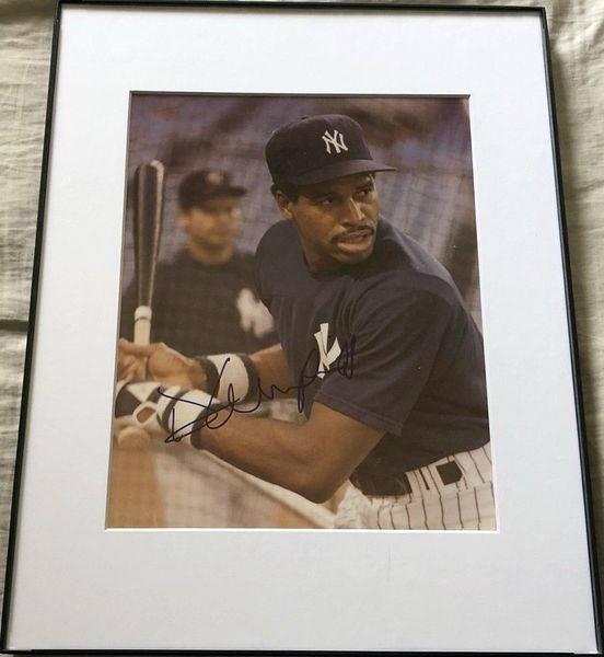Dave Winfield autographed New York Yankees 8x10 photo matted and framed
