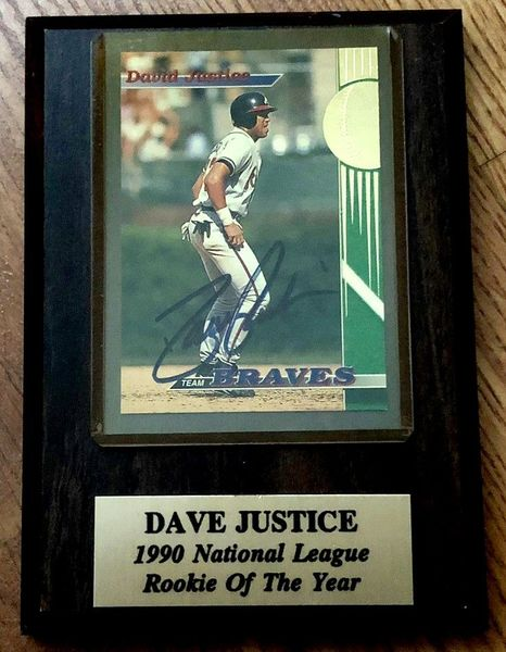 David Justice autographed Atlanta Braves Stadium Club card in 1990 NL Rookie of the Year plaque