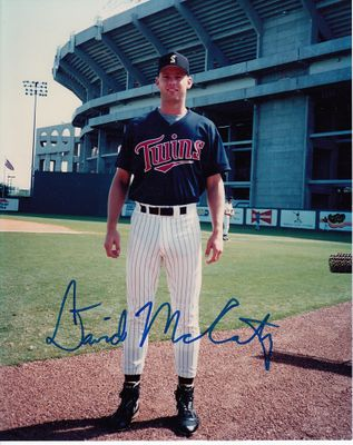 David McCarty autographed Minnesota Twins 8x10 photo