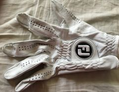 Dominic Bozzelli autographed 2019 Farmers Insurance Open tournament used or worn Footjoy golf glove