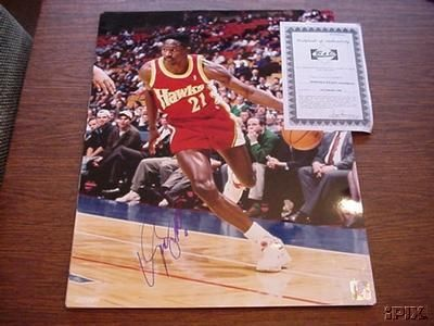 Dominique Wilkins autographed Atlanta Hawks 16x20 poster size photo