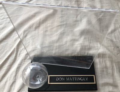 Don Mattingly baseball and 8x10 photo combo display case with engraved nameplate (used)