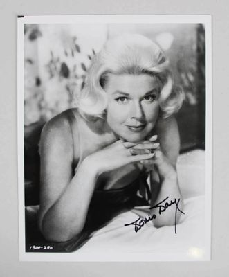 Doris Day autographed 8x10 black and white photo