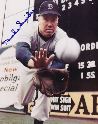 Duke Snider autographed Brooklyn Dodgers 8x10 catching photo