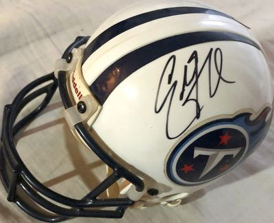 Eddie George autographed Tennessee Titans Riddell authentic mini helmet (Mounted Memories)