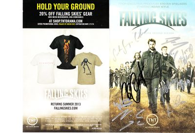 Falling Skies cast autographed Season 2 DVD insert cover (Noah Wyle Moon Bloodgood Sarah Carter Will Patton)