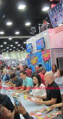 Family Guy cast autographed 2016 Comic-Con poster (Alex Borstein Mike Henry)