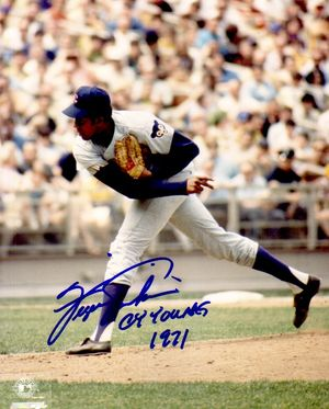 Fergie Jenkins autographed Chicago Cubs 8x10 photo inscribed Cy Young 1971