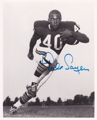 Gale Sayers autographed Chicago Bears 8x10 black and white photo