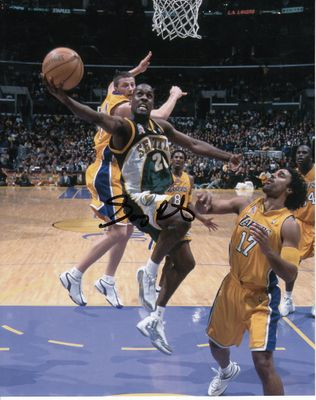 Gary Payton autographed Seattle Sonics 8x10 photo