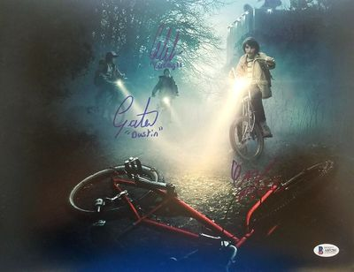 Gaten Matarazzo Caleb McLaughlin Finn Wolfhard autographed Stranger Things 11x14 photo (BAS authenticated)